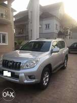 Extremely clean Land cruiser Prado 2010