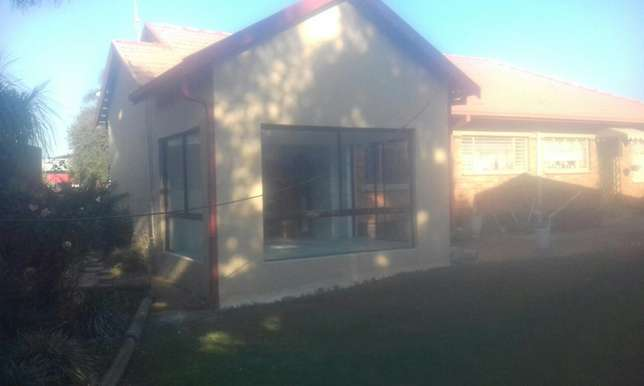 TAMBEL Construction &renovations Bloubosrand - image 2