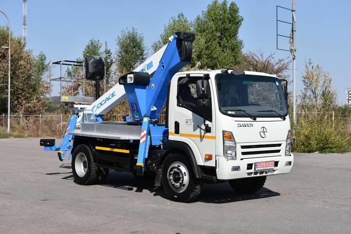 Socage New  T318 na shassi DAYUN CGC1100 bucket truck - 2019
