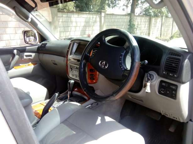 Toyota Landcruiser Vx 2005 Model In immaculate Condition Karen - image 5