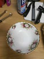 Royal Albert Celebration Series - Dessert bowls & salad/fish plates
