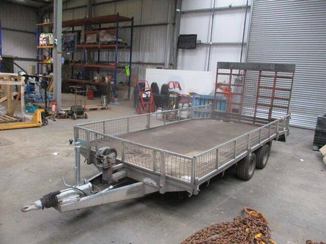 beavertail plant  & hand winch low loader  for sale by
