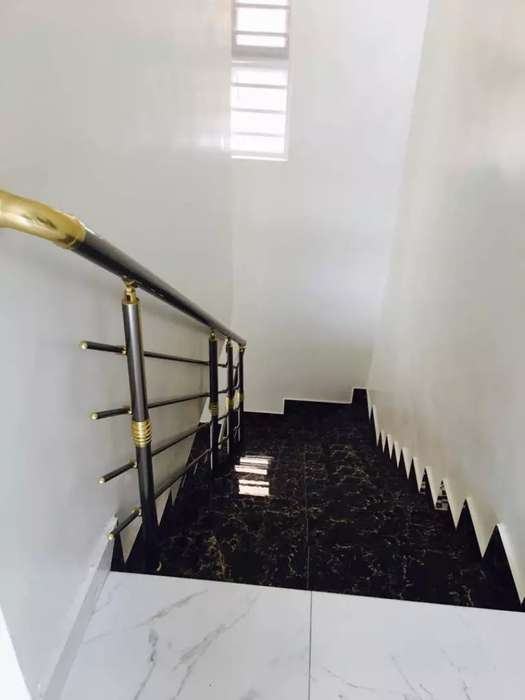 A 5 BEDROOM FULLY DETACHED DUPLEX WITH A CENTRAL MUSIC SYSTEM ETC @87M 0