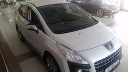 2012 Peugeot 3008 1.6 5Dr Hatch White 78 000Km Service History