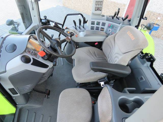 Claas Arion 620 - 2011 - image 14