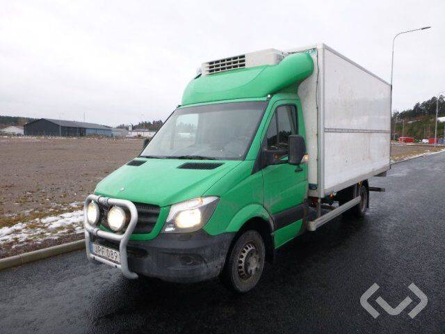 Mercedes-Benz Sprinter 519 CDI (190 hp) 4x2 Box (chillers + tail lift) - - 2019