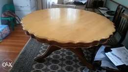 Antique Yellow Wood Dining table and 8 x Riempies chairs