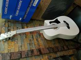 Acostic box guitar AJC