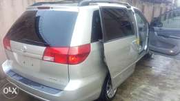 Toyota Sienna LE 2005, drive smooth, perfect condition, good Price