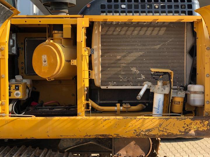 Caterpillar 325DL Hydraulic Excavator - 2008 - image 12