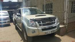 Come n have a look at an extremely clean Isuzu Dmax d/Cab fresh import