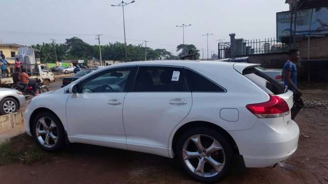 Tokunbo venza for sale full options 011 model Alimosho - image 7