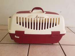 Pet carrier,airline approved, like new-used once,made in Italy