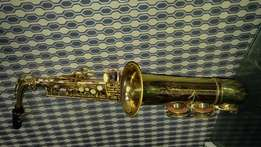Saxophone for urgent sale