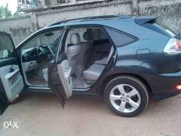 Fresh accident free tokunbo 2005 rx330 available