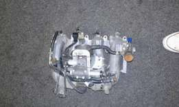 Nissan hardbody inlet manifold with throttle body,in perfect condition