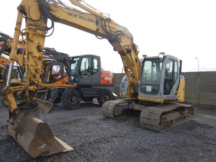 New Holland E135BSR-2 - 2009 - image 6