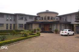 5 bedroom house on 0.52 acre for rent in Runda