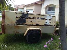 1990 Ingersoll Rand 250 CFM Air Compressor for sale