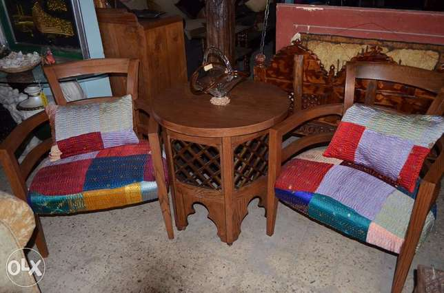 2 chairs soliid wood with table