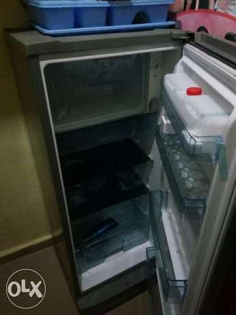 clean thermofrost fridge with water dispenser and big frizzer Enugu South - image 2