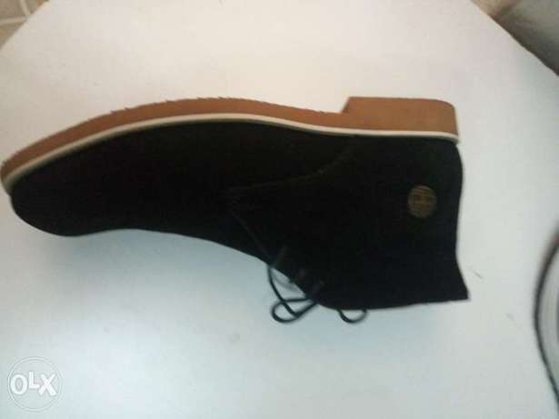 Affordable shoes for men Nyayo Highrise - image 2