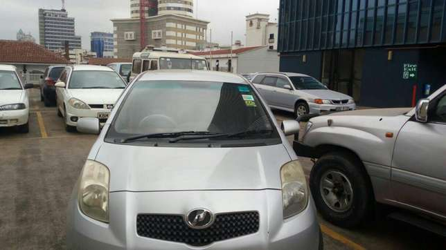 Toyota Vitz 1300cc KBW extremely clean in super condition Nairobi CBD - image 1