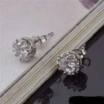 Buy 1 set - get 1 for FREE!!new stud earrings,white/yellow gold.