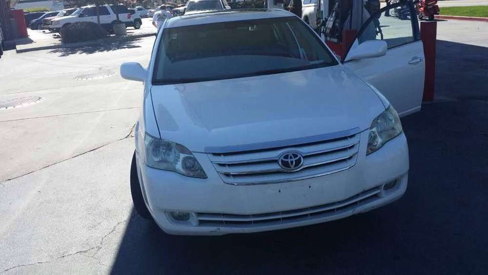 2005 Toyota Avalon Limited Edition 0
