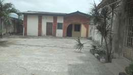 Decent 2bedroom flat 170k at adexson bus stop isheri lasu road.
