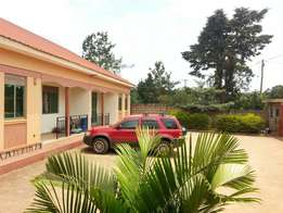 Spacious self contained 2bedrooms house at 600000/= in Kyanja