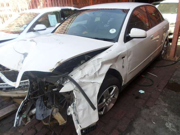 Audi A4 1.9 tdi stripping for spares at QUANTRO Pretoria West - image 6