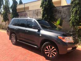 Toyota land cruiser 200 series for sale