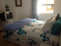 Board&lodge has 4large&1smal fully furnish roms to rent for single peo