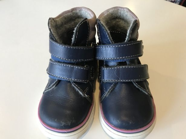 a9c592ea9 Ботинки на девочку фирмы Котофей, 22 размер Алексеевка - изображение 1