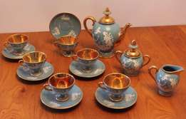 15 Piece Vintage Florentine Blue and Gold Tea Set