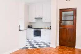 Charming Sunny Large apartment for short term rental