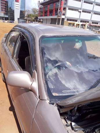 An used well mainted toyota 100 well conditioned car Thika - image 5