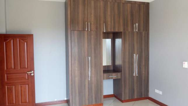 Modern brand new 3 bedroom apartment with servant quarter and pool Nyali - image 6
