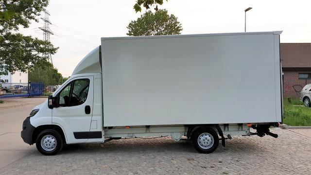 Peugeot Boxer Koffer 435 L4 HDi 130 Cargo Ladebordwand - 2015
