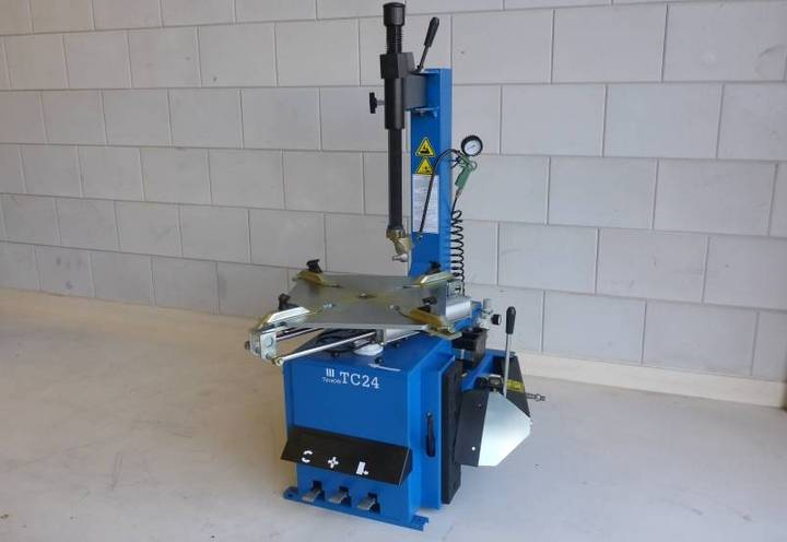 TyreOn Tc24 10 - 24 Inch Tyre Changer - 2018