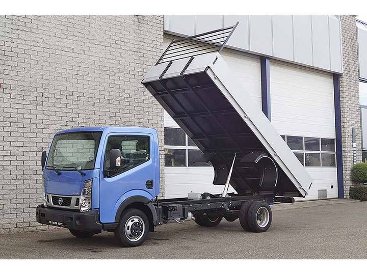 Nissan CABSTAR NT400 4X2 TIPPER TRUCK (3 units)