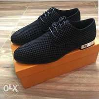 LV shoe black