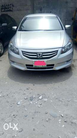 2011 Clean registered Honda Accord with leather seats available 2.3M Obalende - image 8