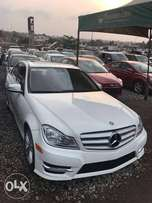 A very luxurious Mercedes Benz for sale at a cool price