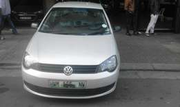 Vw polo vivo 1.4 sedan silver in color 2011 model 91000km R95000