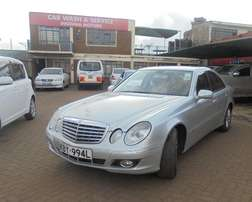 selling this clean mercedes benz E class 2009 model duty free