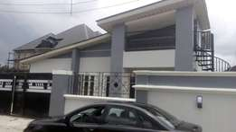 Urgent sale!!! Bran new 3bedroom Bungalow for sale At Peter Odili PH