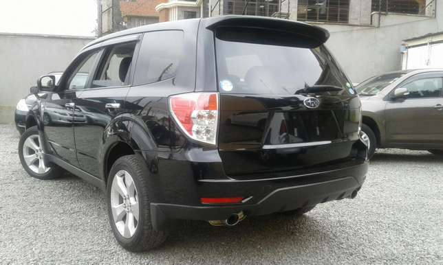 Subaru forester black beauty Makina - image 3