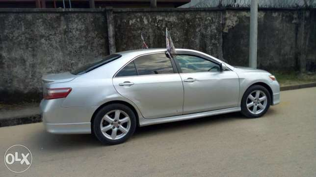 Clean used Toyota Camry spider Port Harcourt - image 2